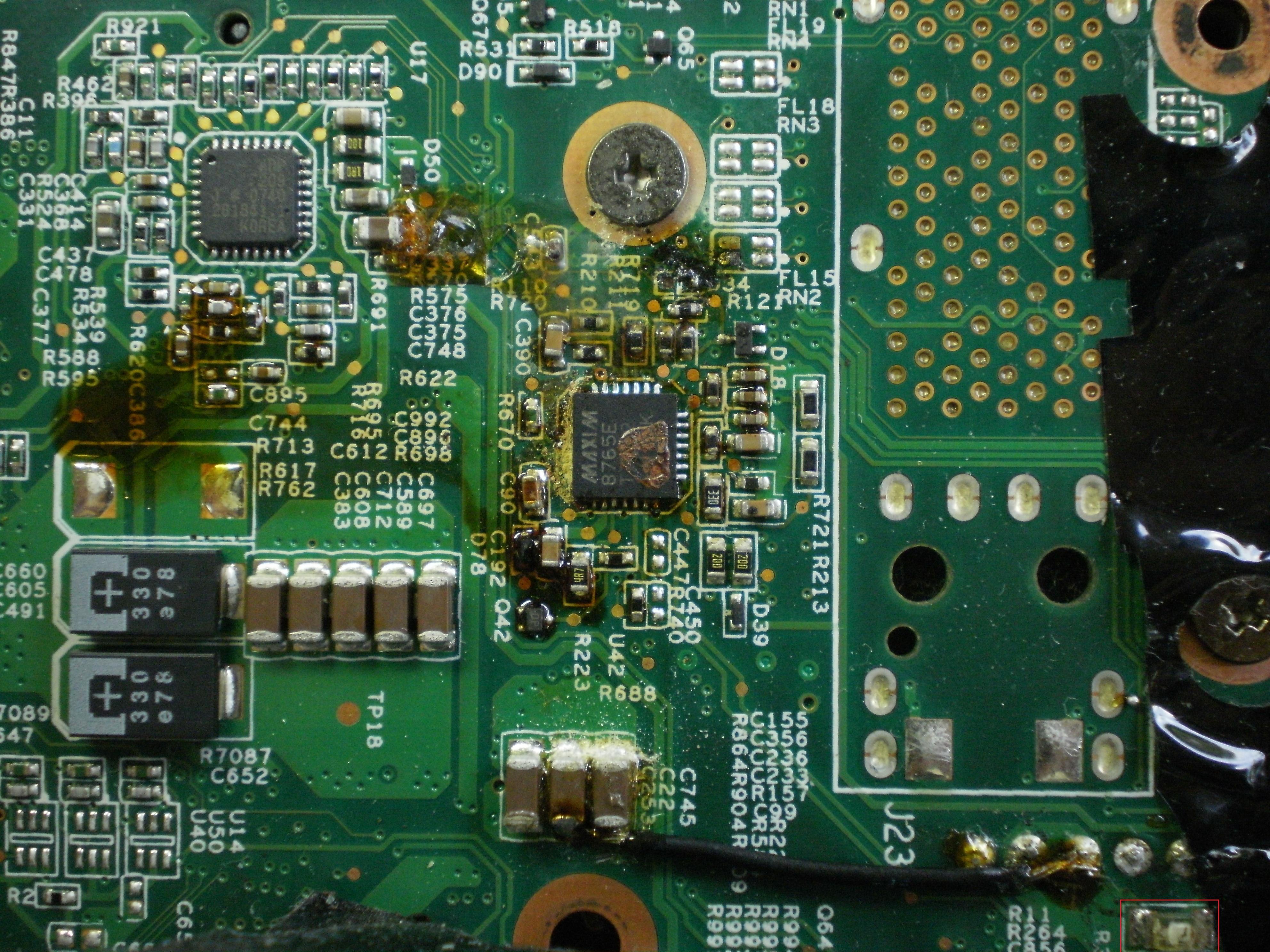 Lenovo R61 wlutowany kabel od czego on jest?