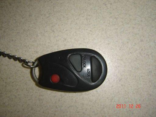 Jak synchronizowa� pilot alarmu do  Toyoty Yaris 2004r.