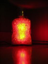 Nieco inna lampka RGB - kostki szklane w karafce
