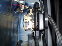 Jak odryglować zamek mechanicznie passat B5 drzwi tylne lewe