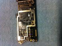 iphone 4 - Złącze baterii - wyrwany pad