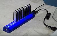 Pendrive'y połączone w grupę RAID 8x8GB.