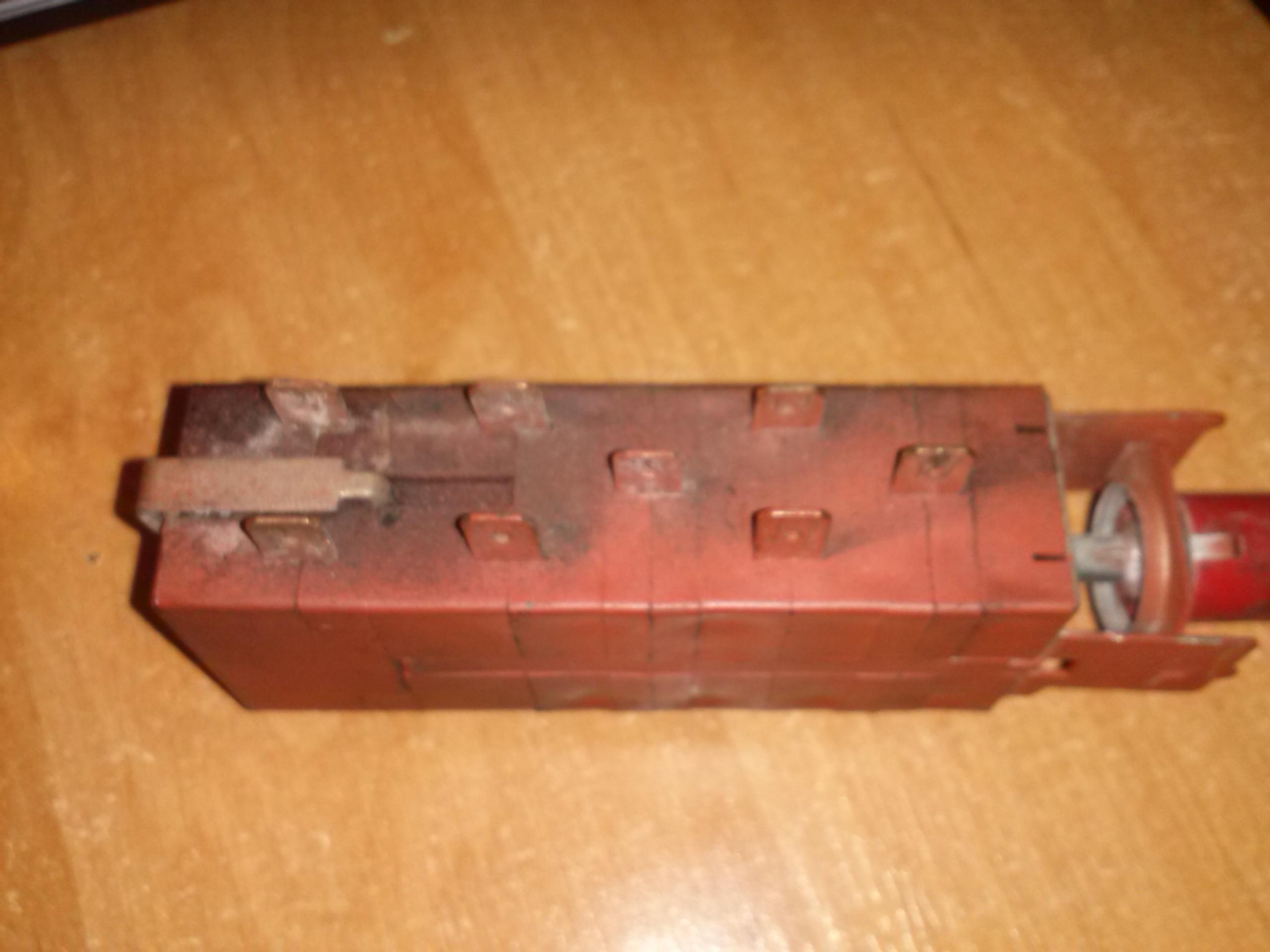 multicar m-25 - jak pod��czy� w��cznik awaryjnych?