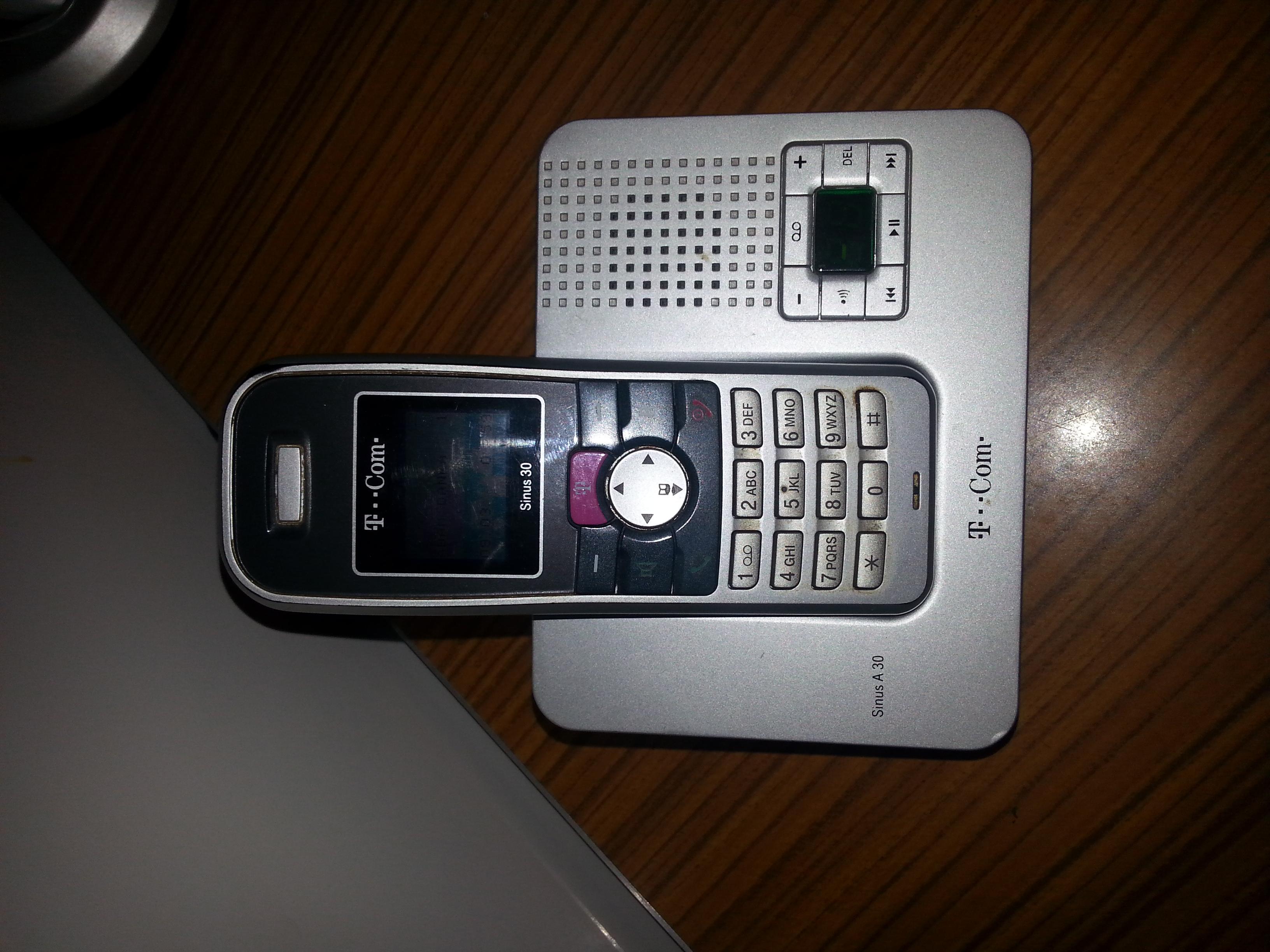 Szukam instrukcji obs�ugi do telefonu stacjonarnego T-COM sinus 30