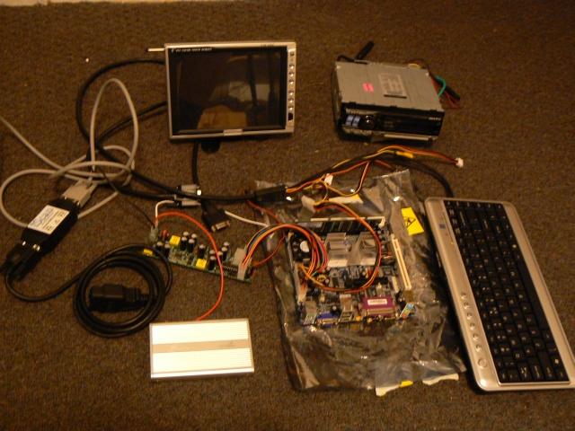 Komputer PC - podłączenie w samochodzie