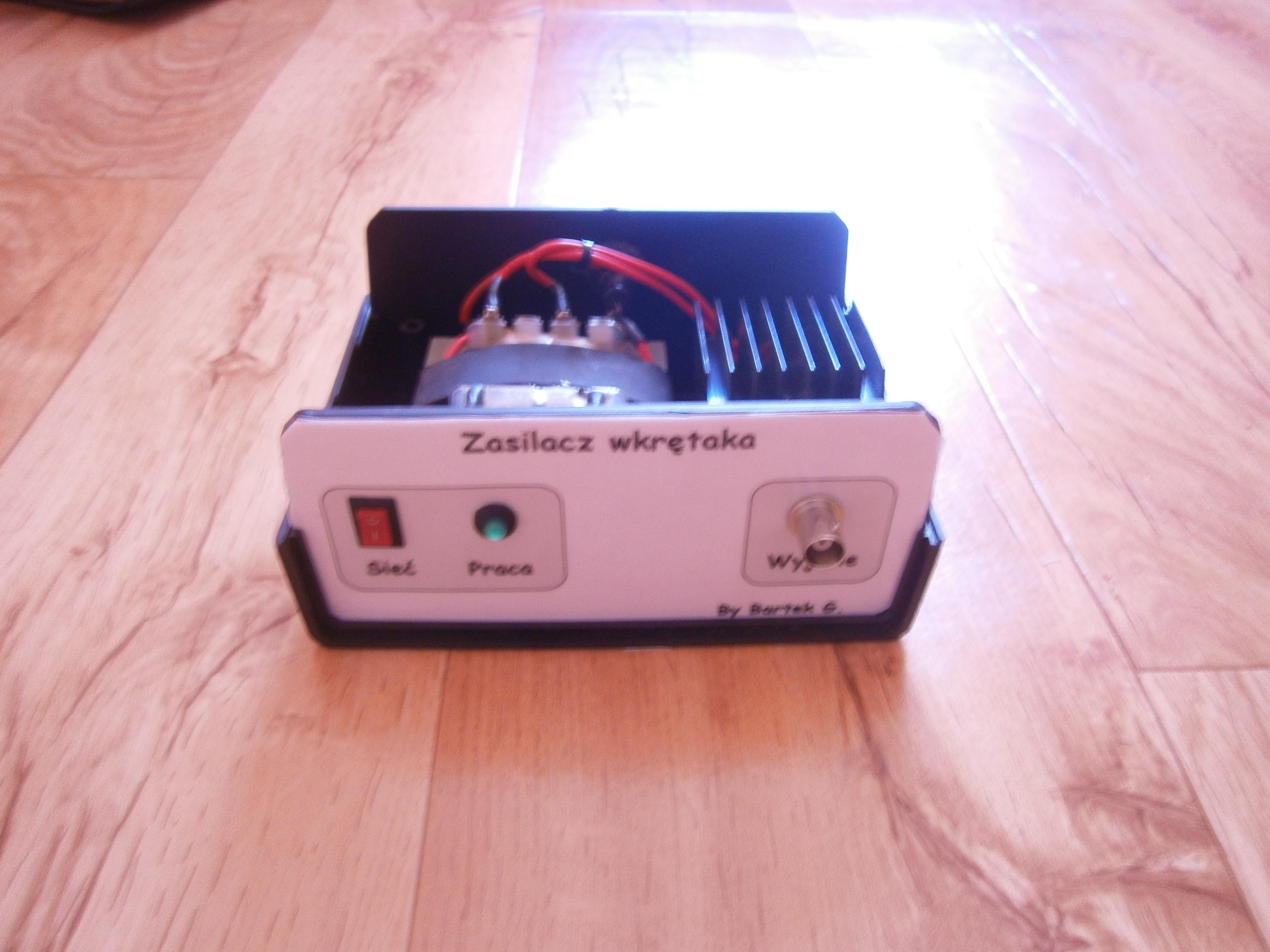 Zasilacz do wkr�taka akumulatorowego, czyli jego drugie �ycie.