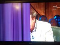 42LG5000 pionowe paski na połowie ekranu