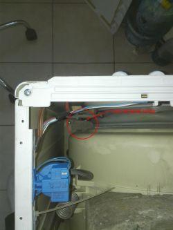 Pralka Indesit IWSC 4105 - Zaczęła łomotać przy wirowaniu