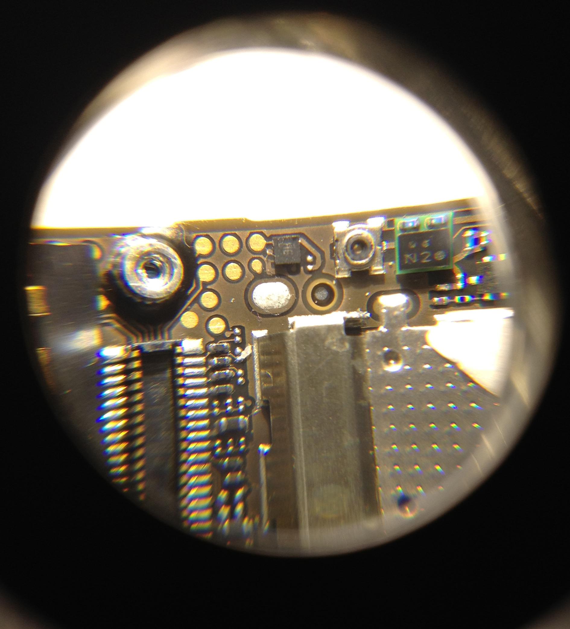 Iphone 4s - u�amany mikroskopijny uk�ad spos�b monta�u
