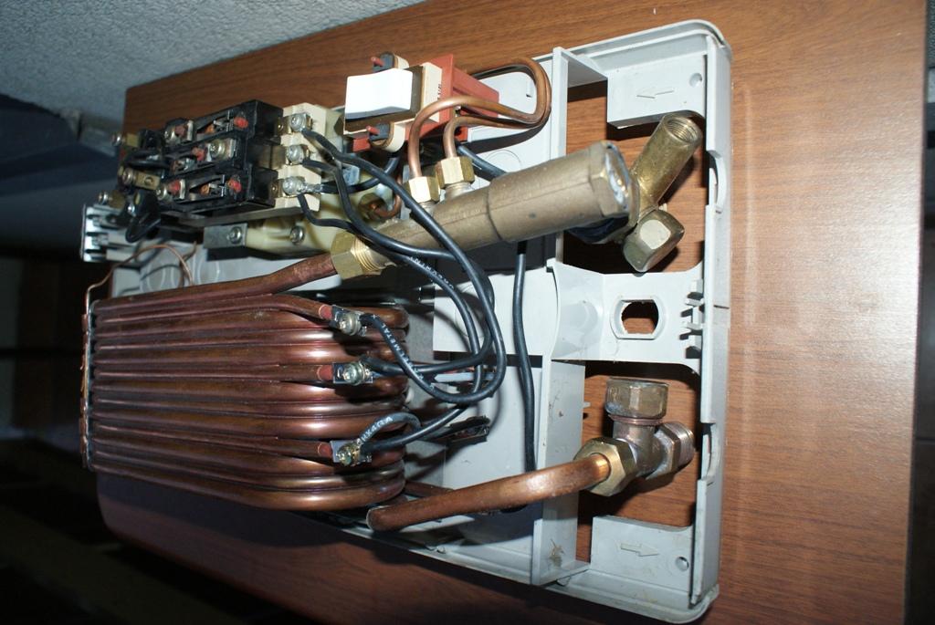 [Sprzedam] Przep�ywowy ogrzewacz wody Siemens 21 kW z now� nagrzewnic�