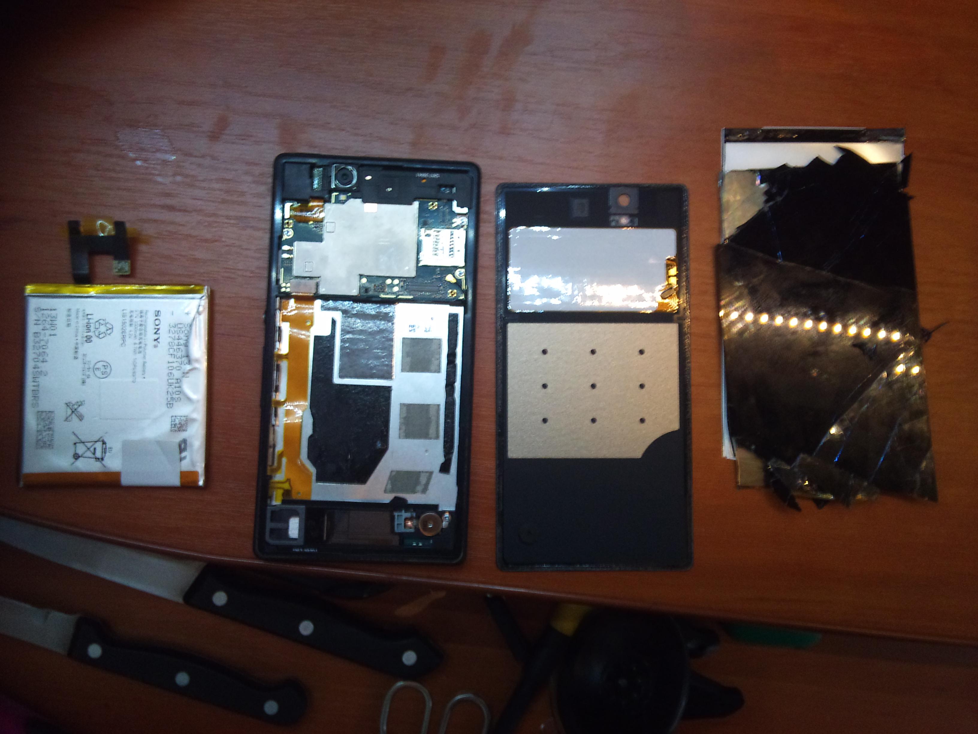 Jak wyj�� wy�wietlacz w Sony Xperi Z, jakim klejem przyklei� nowy