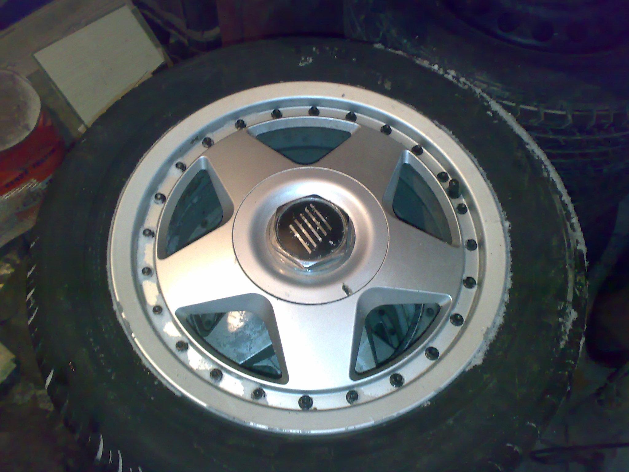 Kupi� felg� aluminiow� lub wymieni� z dop�at� fiat brava.