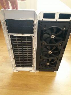 [Sprzedam] Cichy PC w świetnej obudowie z chłodzeniem wodnym + monitor