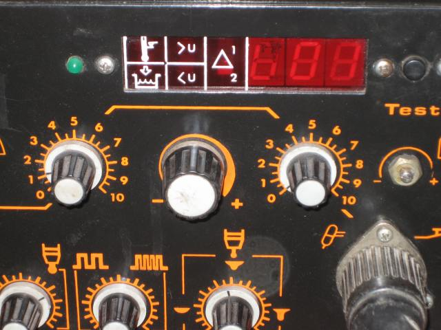 znaczenie symbolu na panelu spawarki TIG