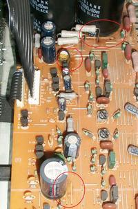 Wylany kondensator czy klej ?