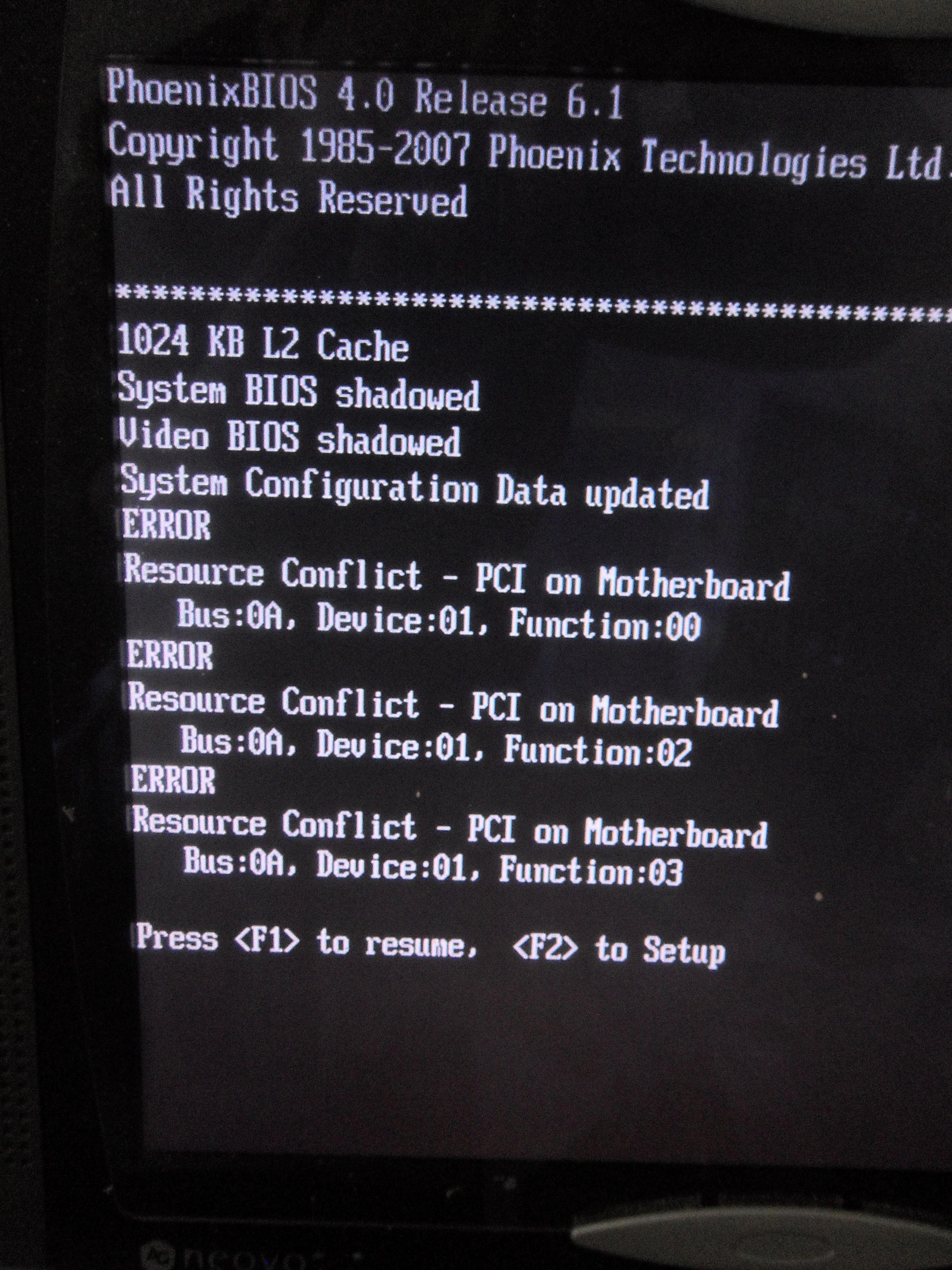 Toshiba Satellite P300-20H Po upadku , nie wlacza sie ekran.