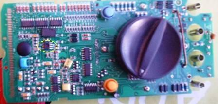 UT58D - uszkodzony UT58 - upalony IC2