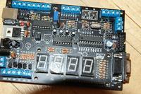 ZL11AVR - nie działa program. Problem z kondensatorem C1?