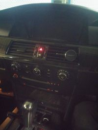 BMW E60 525i 2006 - Radio pobiera 7A, iDrive - czarny ekran