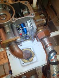 TERMET G19-01 - cieknie woda z amatury wodno-gazowej