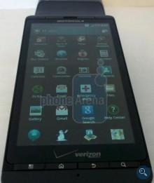 Smartphone'y Motorola Droid X 2, Droid 3 i Targa