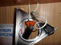 podłaczenie przewodów do lampki pod półką