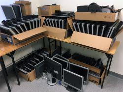 """[Sprzedam] ~60 sztuk monitorów LCD 17"""" + kilka 15"""""""
