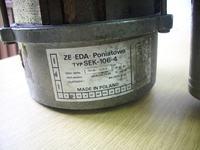 ��czenie silnika SEK-106-4 do dw�ch kra�c�wek. 1 w�. silnik, 2 wy�.