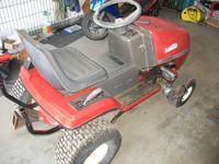 Kosiarka traktorek NOMA-MURAY - Bardzo oporna zmiana biegów