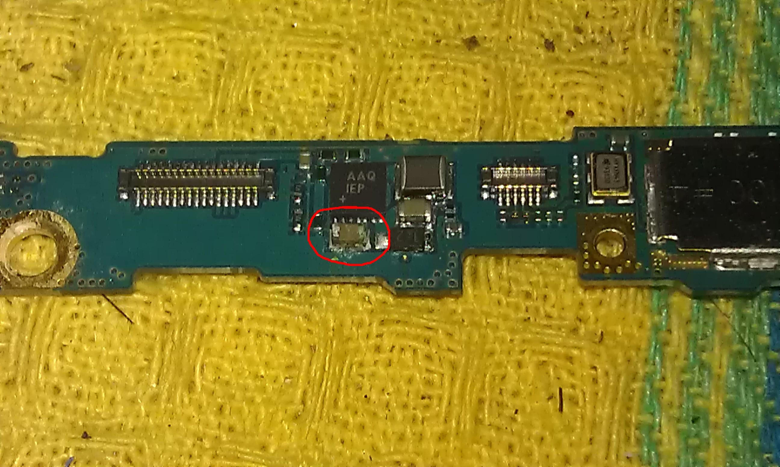 Samsung galaxy S2 - Telefon nie reaguje na nic - za�niedzia�y element na p�ycie