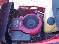 Przerywa ciep�y silnik w traktorku MTD 15.5HP
