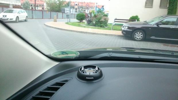 Mazda, 6, kombi - Niezidentyfikowane ustrojstwo na desce rozdzielczej