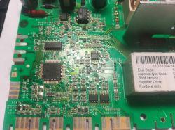 Electrolux EWP106100W - Po wyłączeniu nie puszcza blokada, przerywa pracę