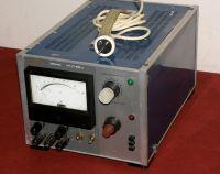 Czy zasilacz ZT-980-2 jest odpowiedni do ładowania akumulatora 12V 44Ah