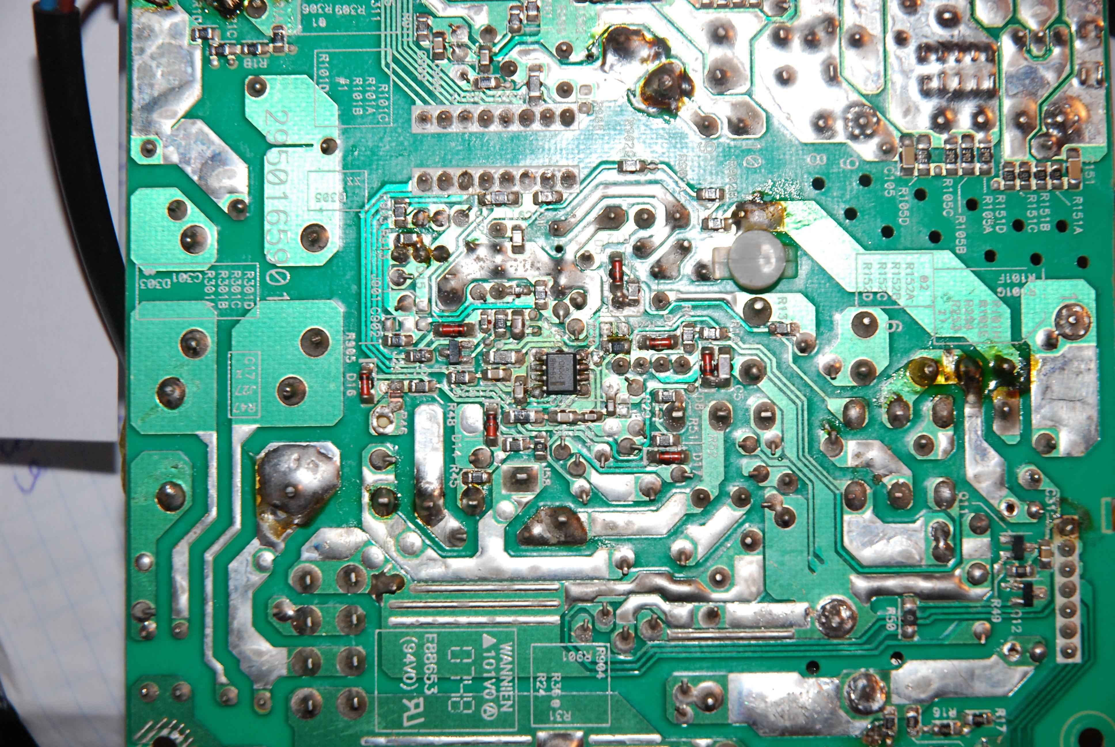 Chieftec model: GPS-550AB A uszkodzony 20N60C3 oraz sterownik 3845B.