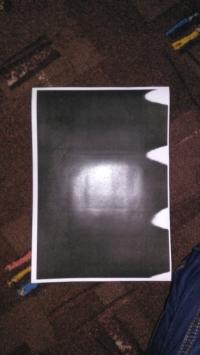 OKI C5550 - Blade plamy na krawędzi w czarnym druku