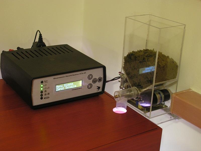 Automatyczny karmnik dla ryb