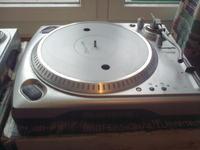 [Sprzedam] 2 x Gramofon DJski NUMARK TT-1650