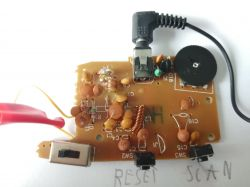 Czy da się przerobić to radio, aby skanować potencjometrem zamiast micro switch?
