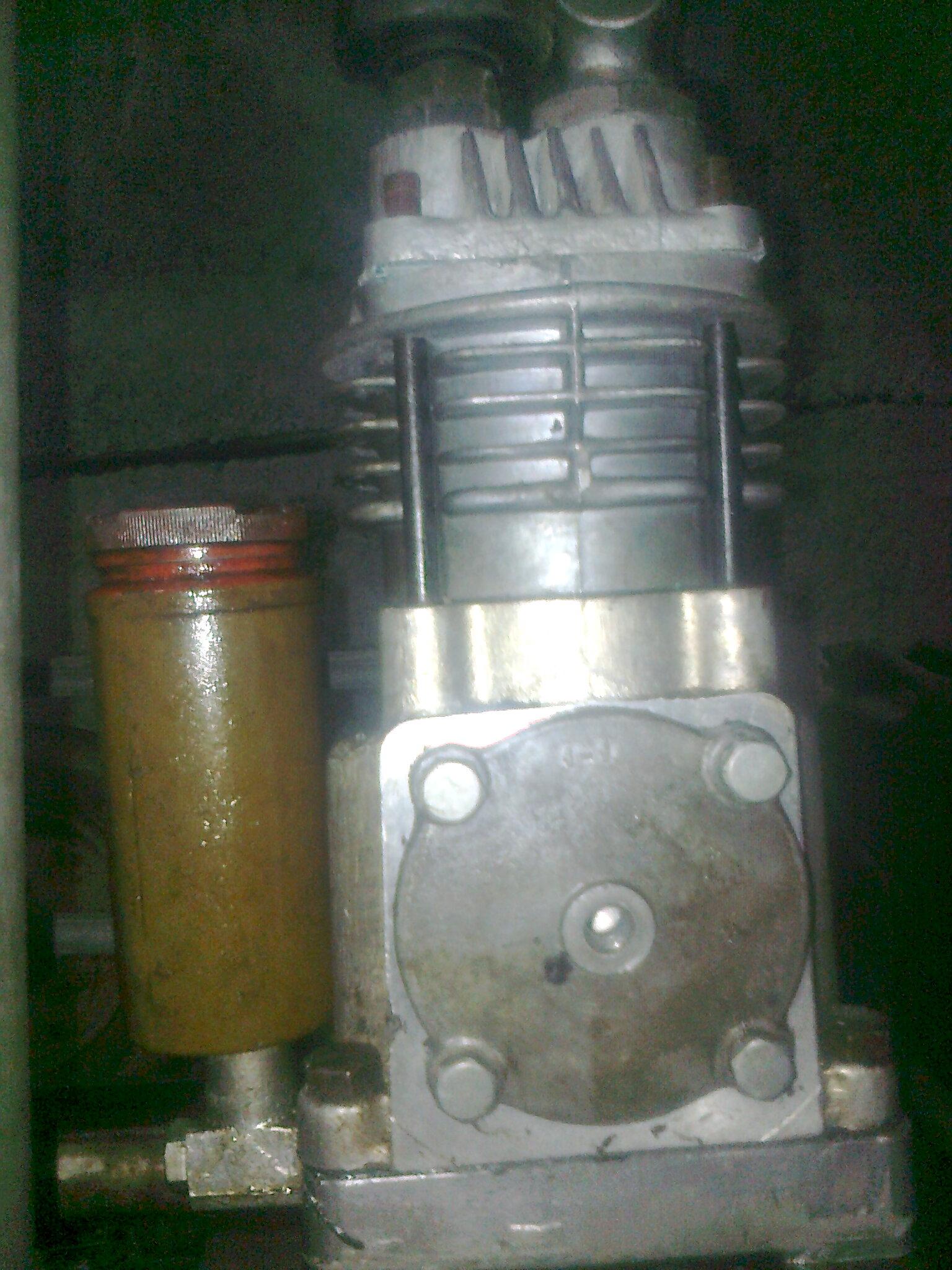 spr�arka od T-25 budowa kompresora