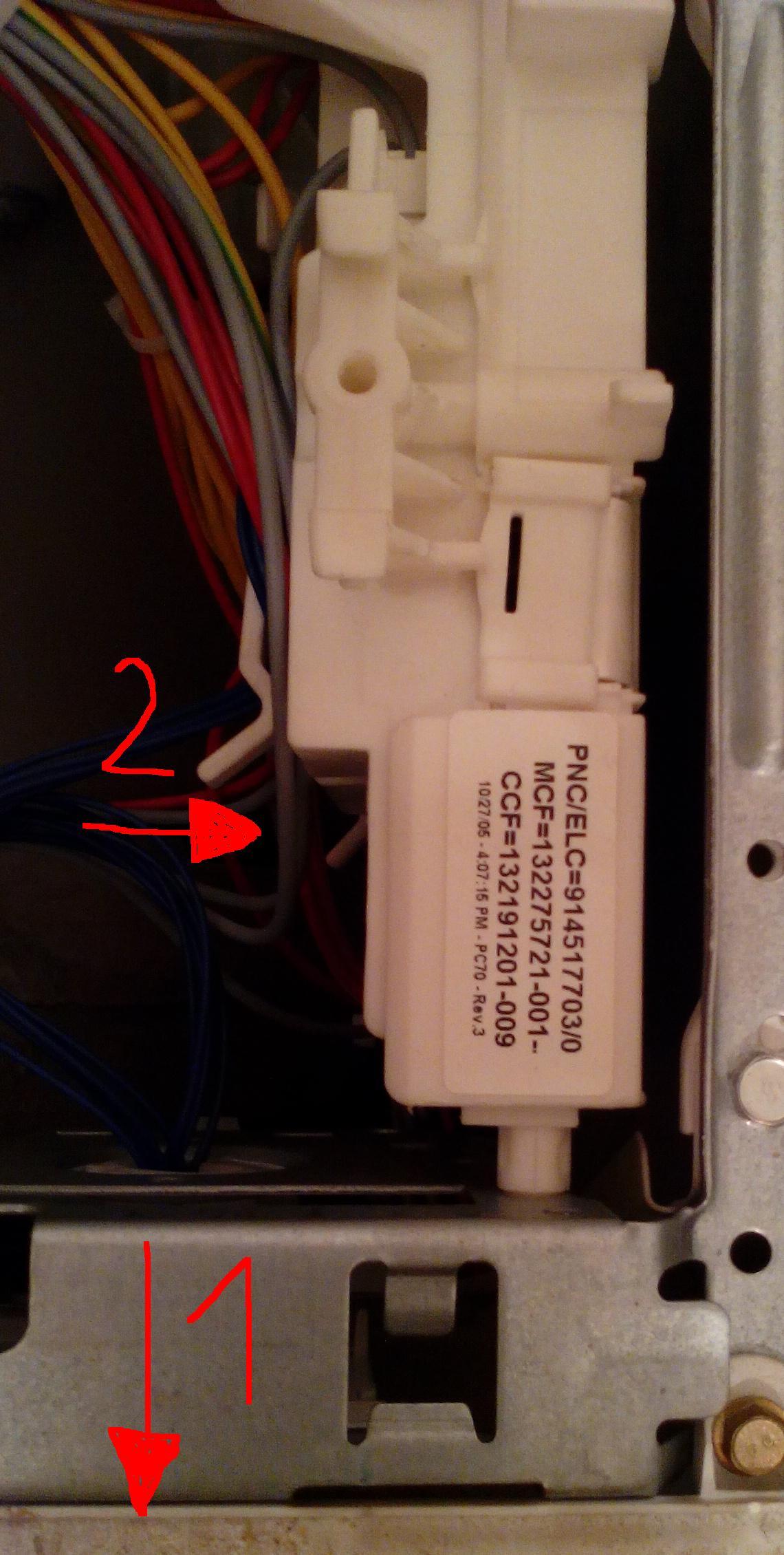 Pralka Elektrolux EWF 840 nie dzia�a p�ukanie