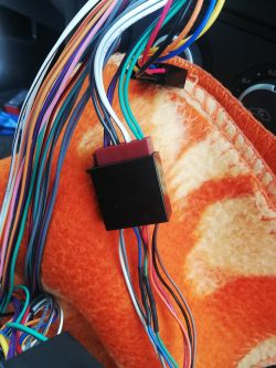 Zakłócenia w głośnikach PARROT CK 3000
