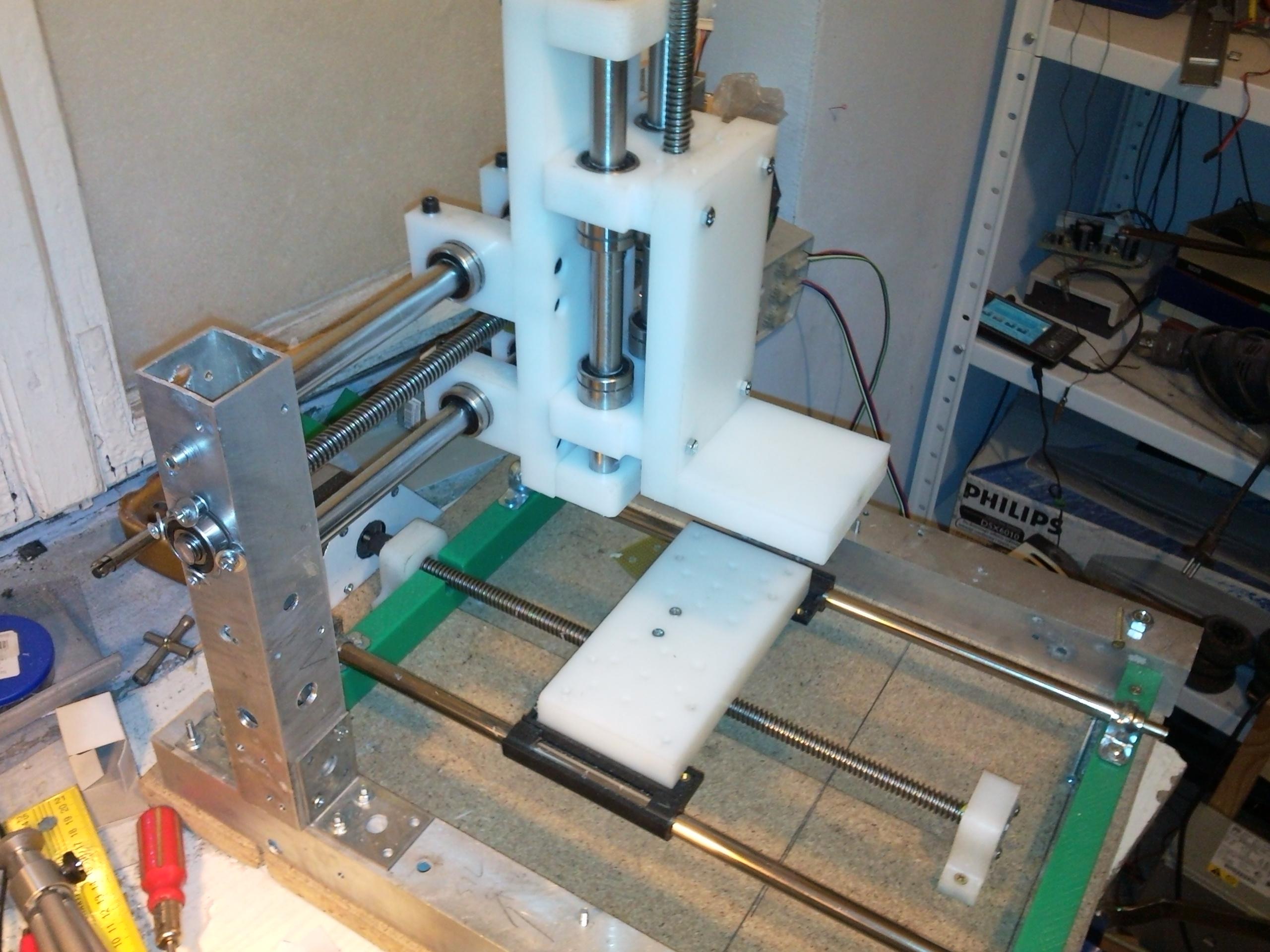 Inne rodzaje Polietylenowa Frezarka CNC v2. - elektroda.pl HB68