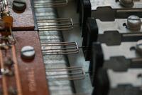Organy Student 106 trzeszcz�ce klawisze, regulacja i drobna modyfikacja