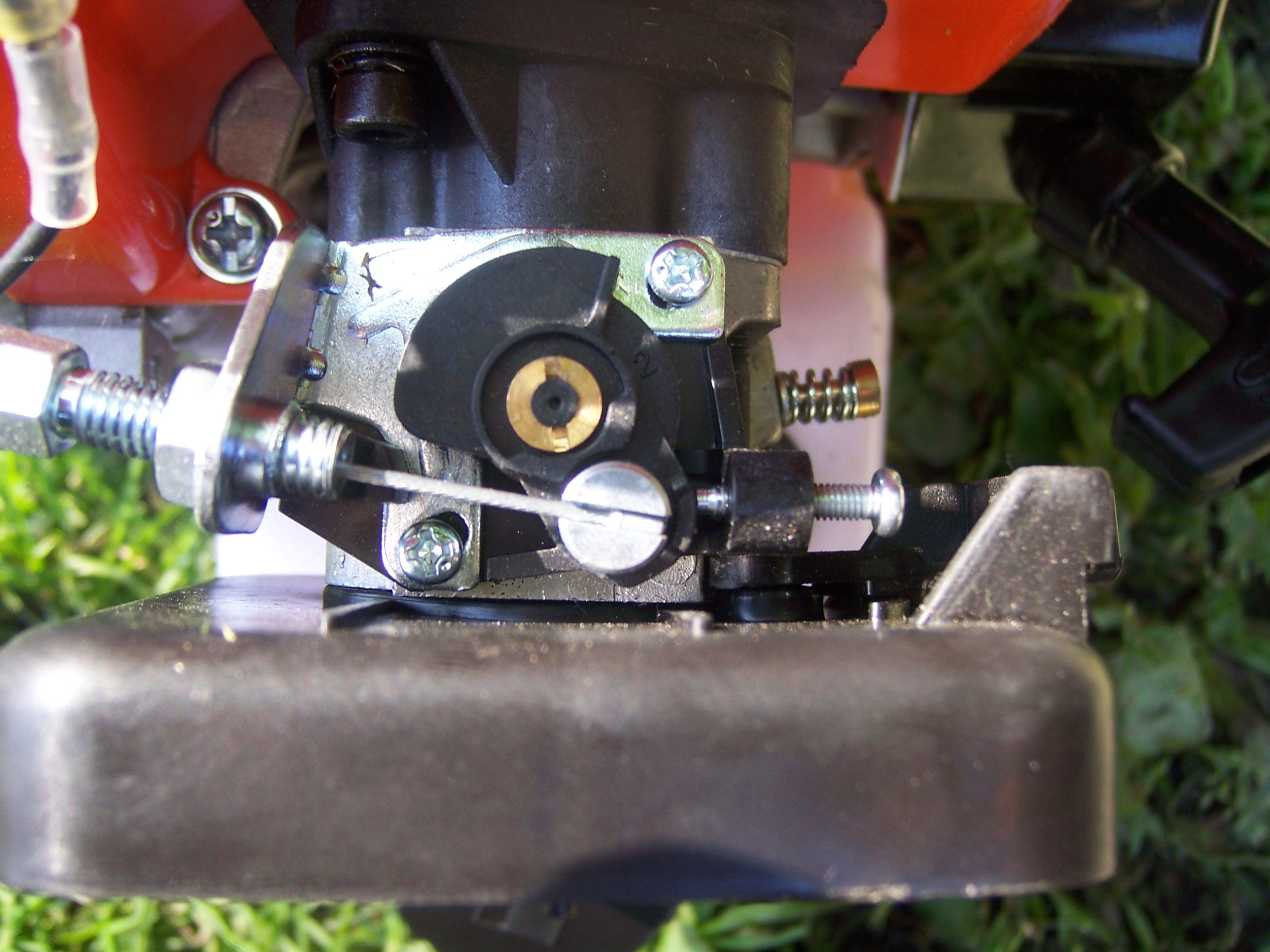CG 520 - Kosa black nie odpala, �le wyregulowany ga�nik?