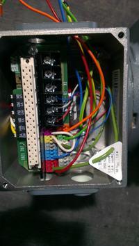 SEW-EURODRIVE DRS71 - Podłączenie motoreduktora, pytanie o hamulec