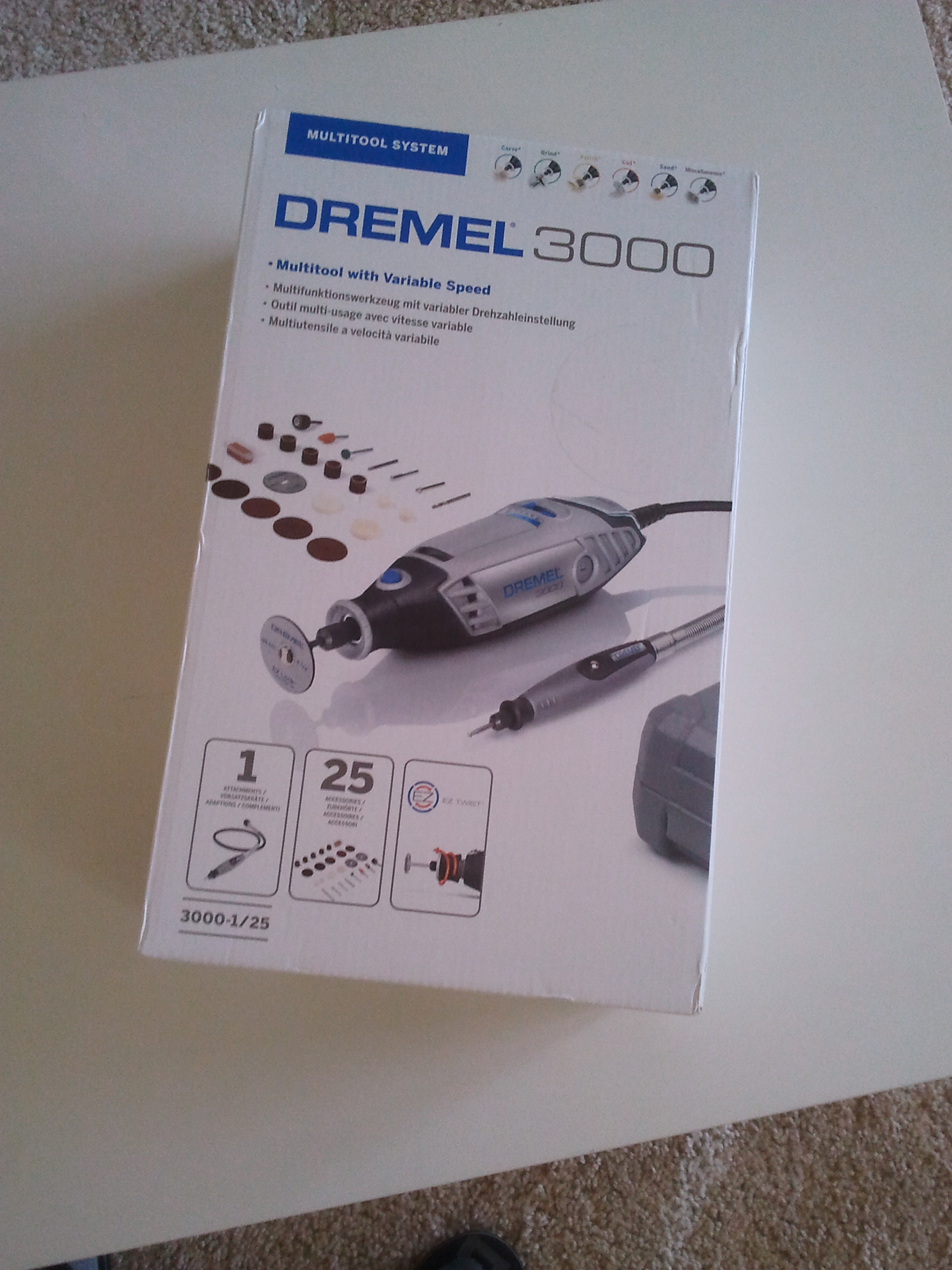 [Sprzedam] Narz�dzie Dremel 3000-1/25 (Dremel, wa�ek i akcesoria)