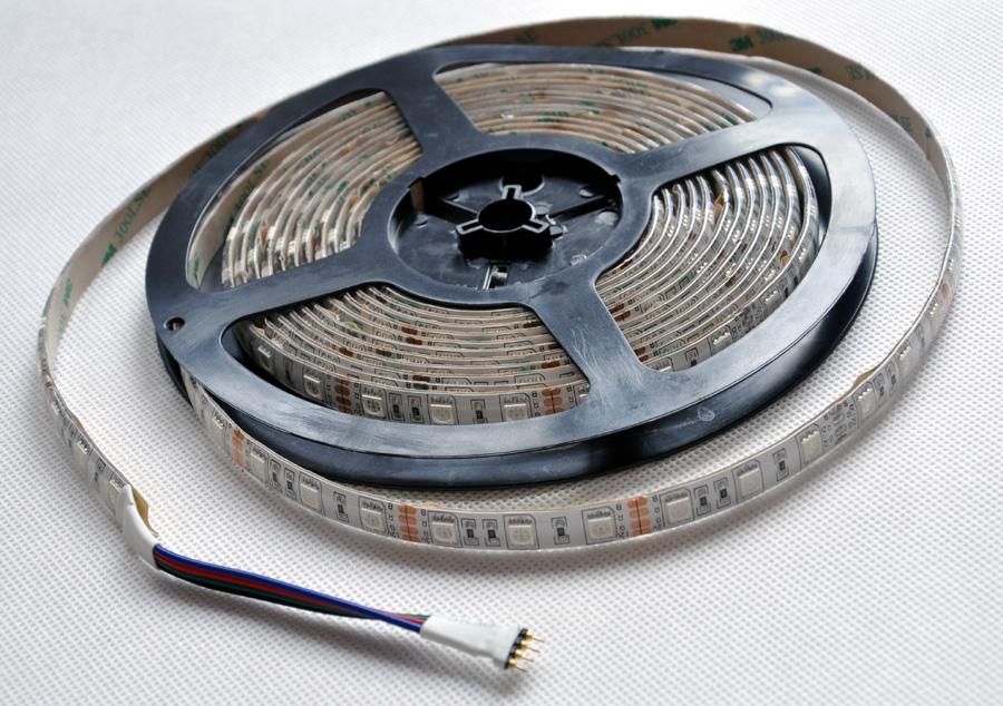 [Sprzedam]Ta�ma RGB 300 LED 5050 SMD 5m EPISTAR