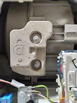 Electrolux EWP 1064 TEW łożysko hałasuje.