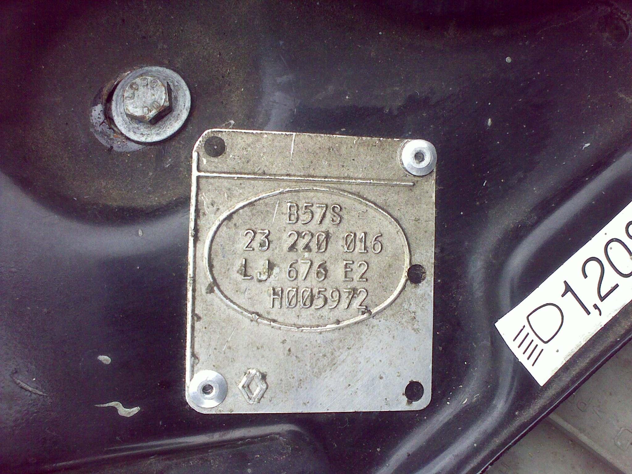 Clio I - komputer pin 32 dioda 1N4004 - troch� inaczej